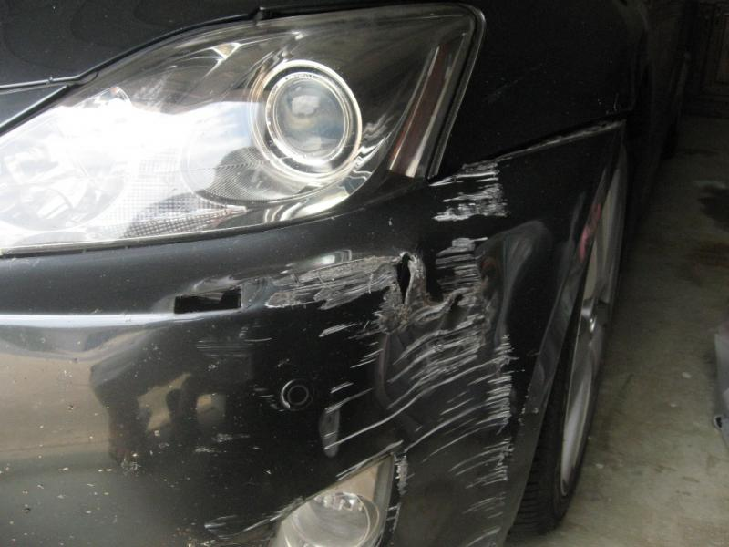 Car needing bumper repair in Oklahoma City.